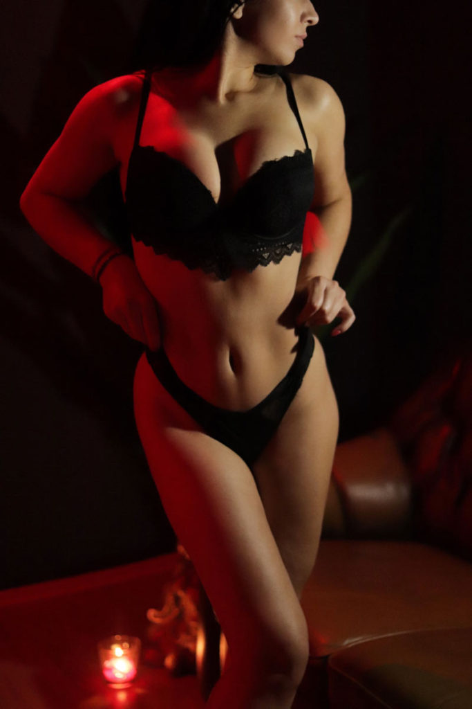 Anna erotic masseuse in Prague